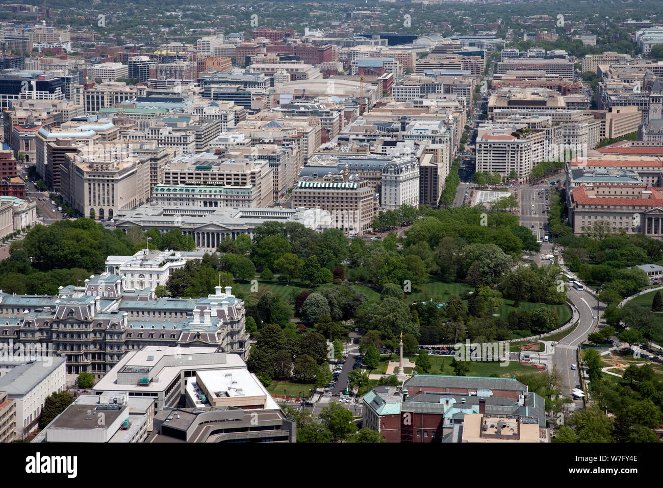 Sensational Aerial View Of The White House Lawn With The City Of Download Free Architecture Designs Scobabritishbridgeorg