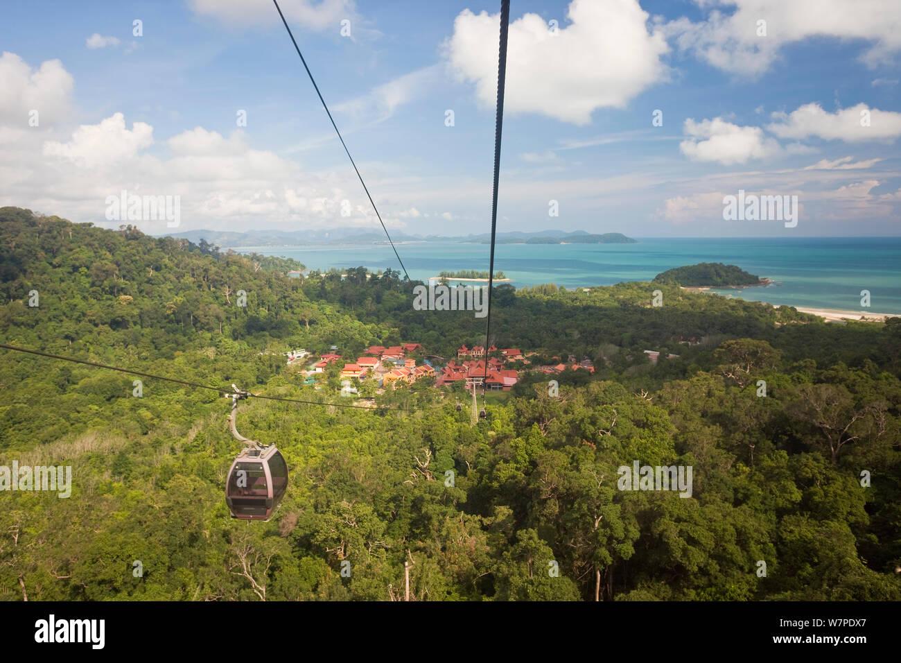 Langkawi cable car to the top of Mount Gunung Machinchang (708m), with views of Langkawi and the Andaman Sea, Pulau Langkawi, Langkawi Island, Malaysia 2008 Stock Photo