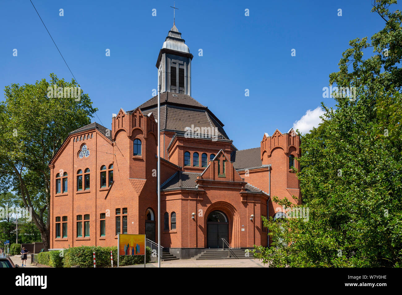 D-Oberhausen, Ruhr area, Lower Rhine, Rhineland, North Rhine-Westphalia, NRW, D-Oberhausen-Lirich, Evangelic Paulus Church, brick building, belonging to Evangelic Emmaus Congregation Oberhausen Stock Photo