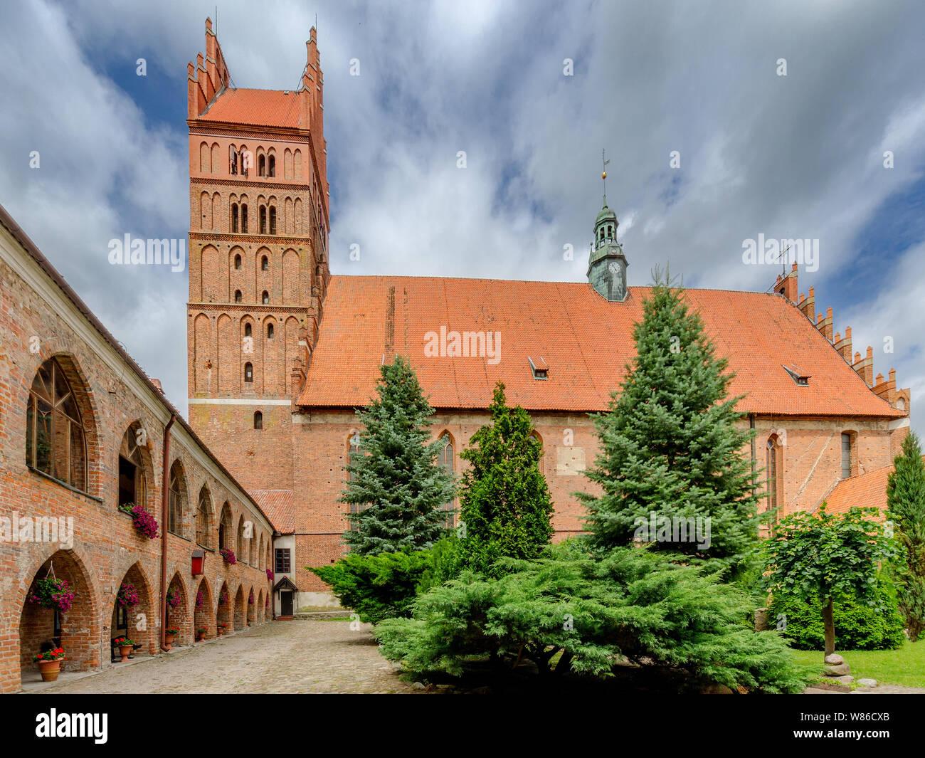 Dobre Miasto, ger. Guttstadt, warmian-mazurian province, Poland. 14th cent. collegiate church of the Holy Saviour and All Saints,  basilica minor. Stock Photo