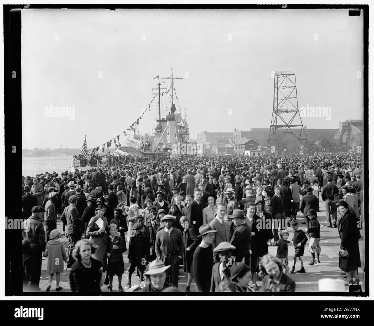 'Navy Day' Washington, D.C., Oct. 27. General view of the thousands that visited the Washington Navy Yard and looked the workings of the Navy over, 10/27/38 Stock Photo