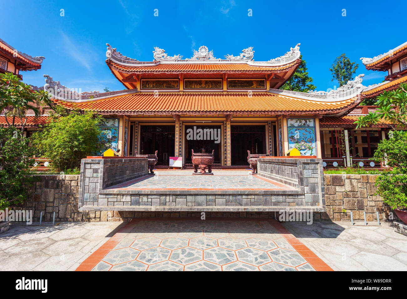 Long Son Pagoda or Chua Long Son is a Buddhist temple in the city of Nha Trang in south Vietnam Stock Photo