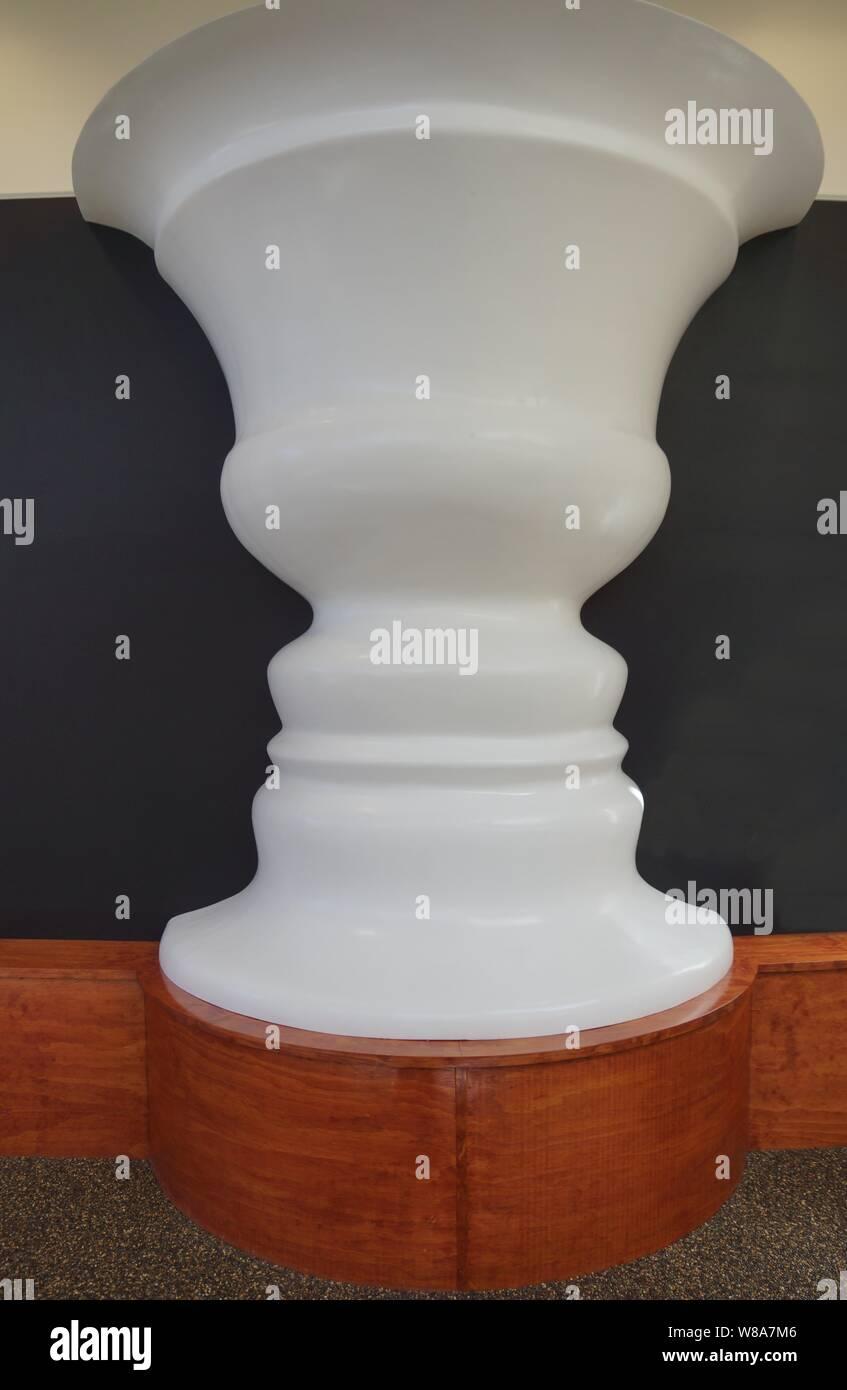Rubin Vase at Puzzleworld Wanaka New Zealand Stock Photo