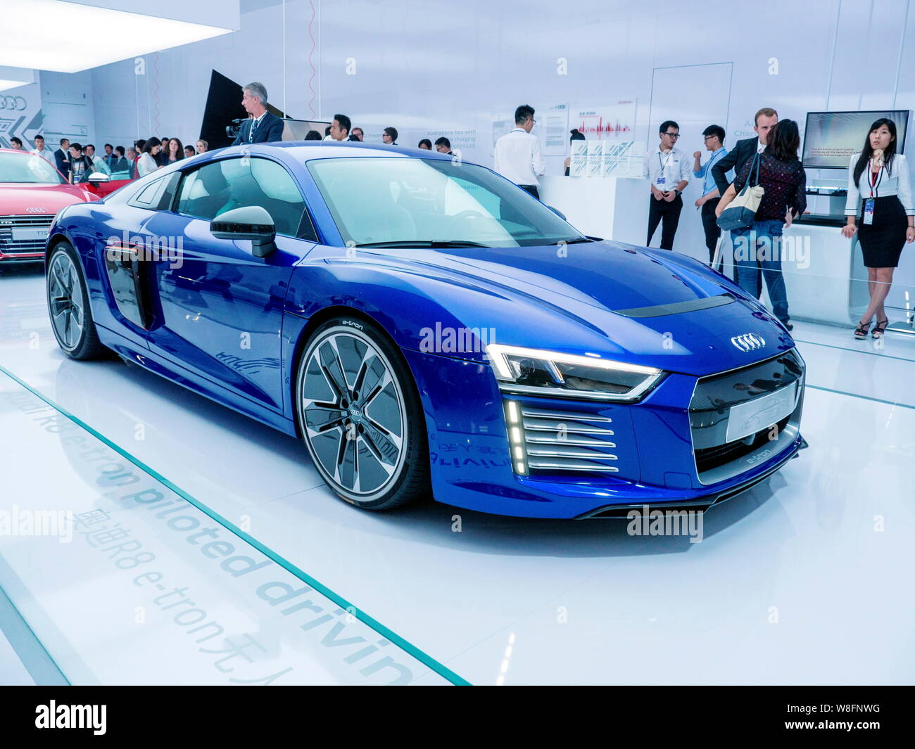 Audi Piloted Driving >> Visitors Look At An Audi R8 E Tron Piloted Driving Concept