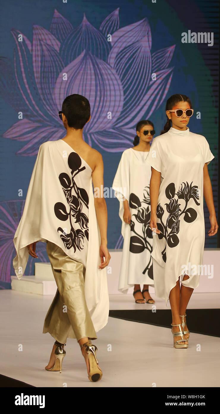 Colombo Western Province Sri Lanka 8th Aug 2019 Models Present Creations By Fashion Designer Ridma Samaranayaka During Swim Week Colombo A Fashion Week Dedicated To Swimwear And Resort Wear In Colombo On