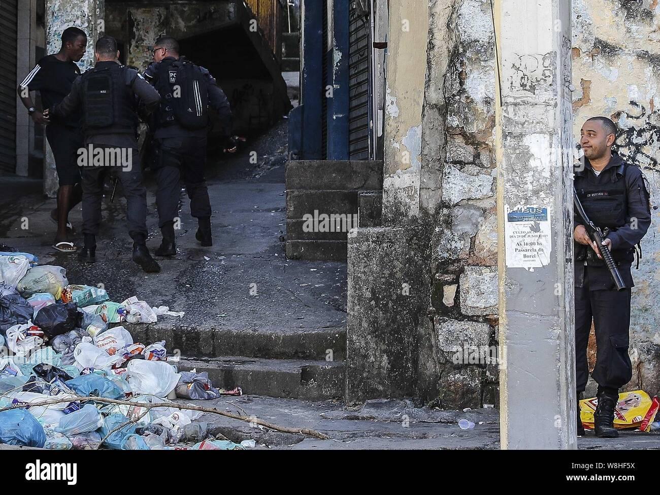 Rio De Janeiro Brazil 09th Aug 2019 Police Officers Register A Man In Rio De Janeiro