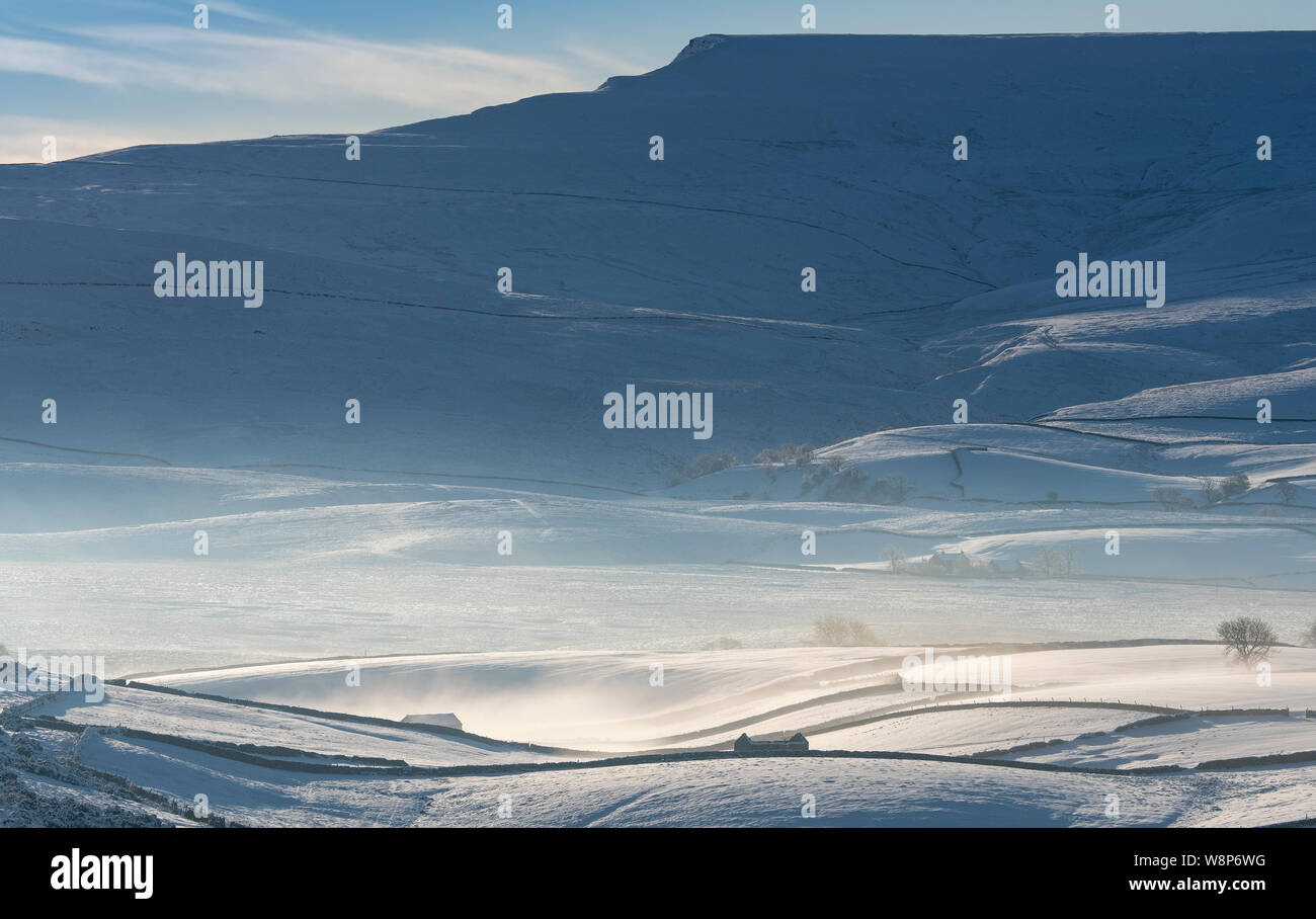 Wild Boar Fell in the Yorkshire Dales covered in snow. Ravenstonedale, Cumbria Stock Photo