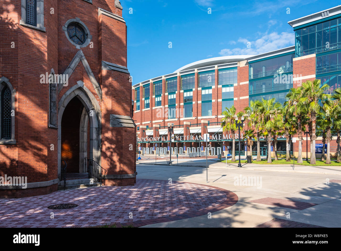 View of the VyStar Veterans Memorial Arena (formerly the Jacksonville Veterans Memorial Arena) from Old St. Andrew's in Jacksonville, Florida. (USA) Stock Photo