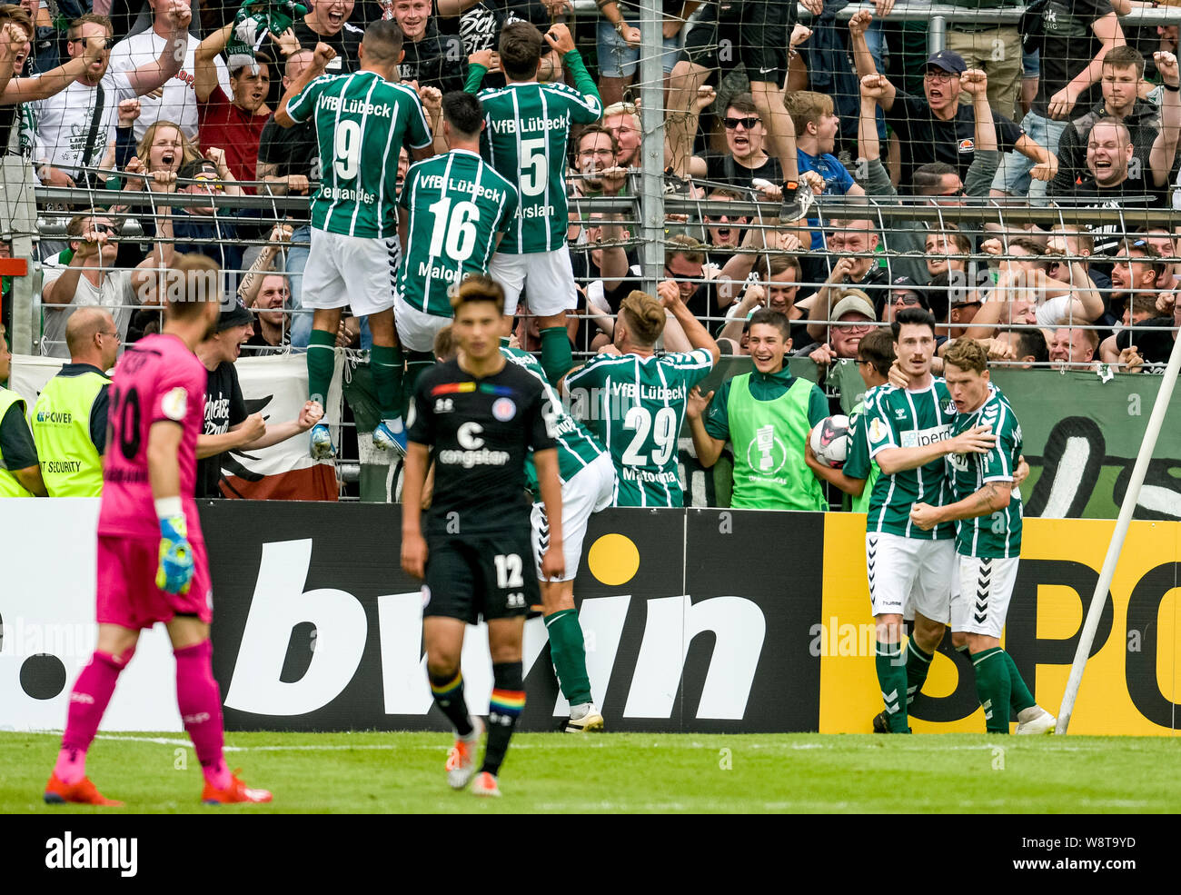 11 August 2019 Schleswig Holstein Lubeck Soccer Dfb Cup Vfb Lubeck Fc St Pauli 1st Round Lubeck S Players Celebrate The Goal To 3 3 Photo Axel Heimken Dpa Important Note In Accordance With