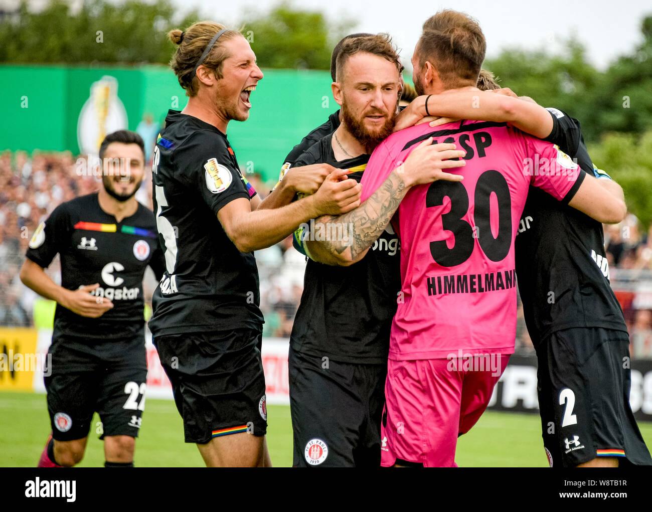 11 August 2019 Schleswig Holstein Lubeck Soccer Dfb Cup Vfb Lubeck Fc St Pauli 1st Round St Paulis Cenk Sahin L R St Paulis Daniel Bulballa St Paulis Marvin Knoll St Paulis Goalkeeper