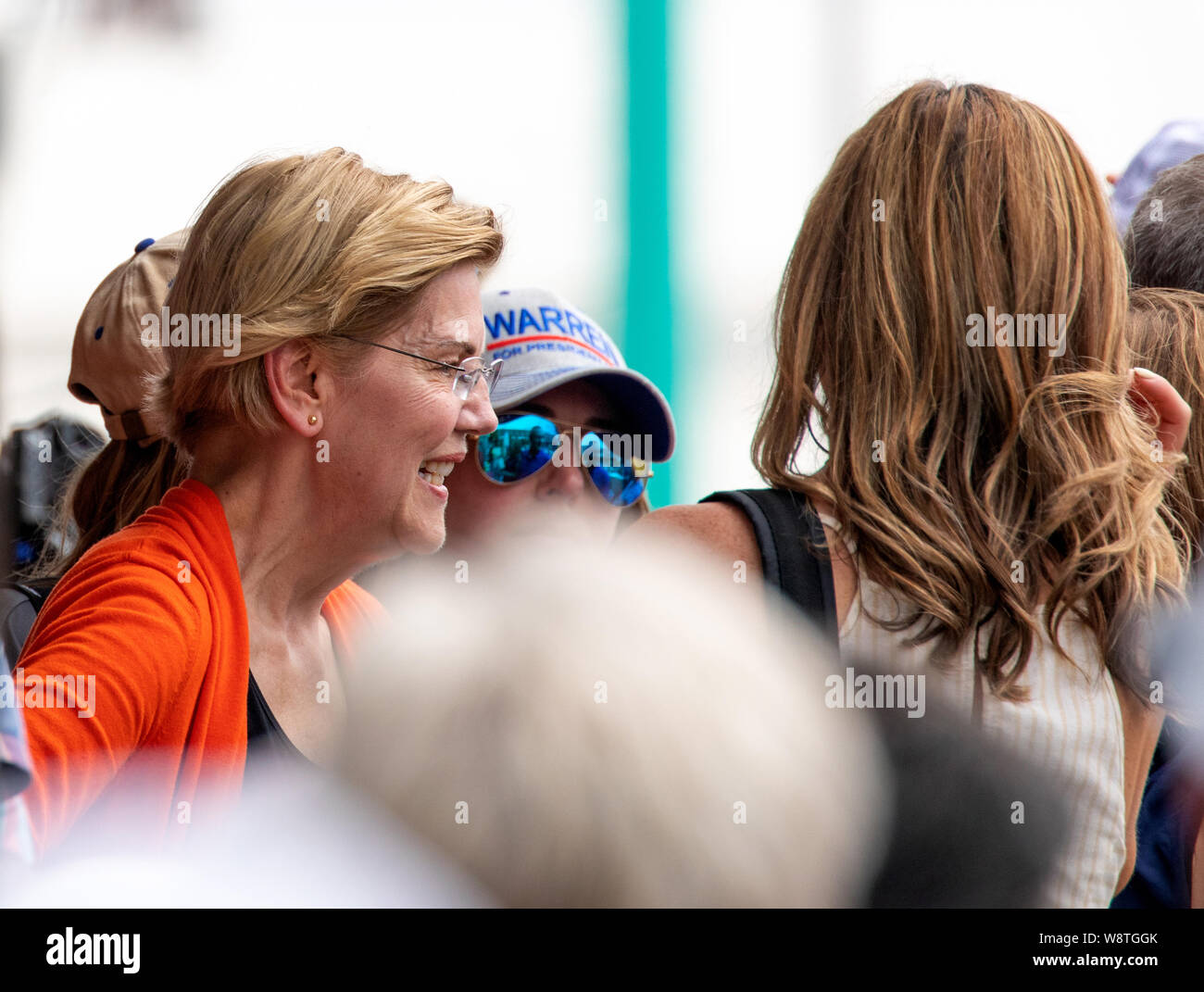Des Moines, Iowa / USA - August 10 2019: United States Senator and Democratic presidential candidate Elizabeth Warren greets supporters and speaks to Stock Photo