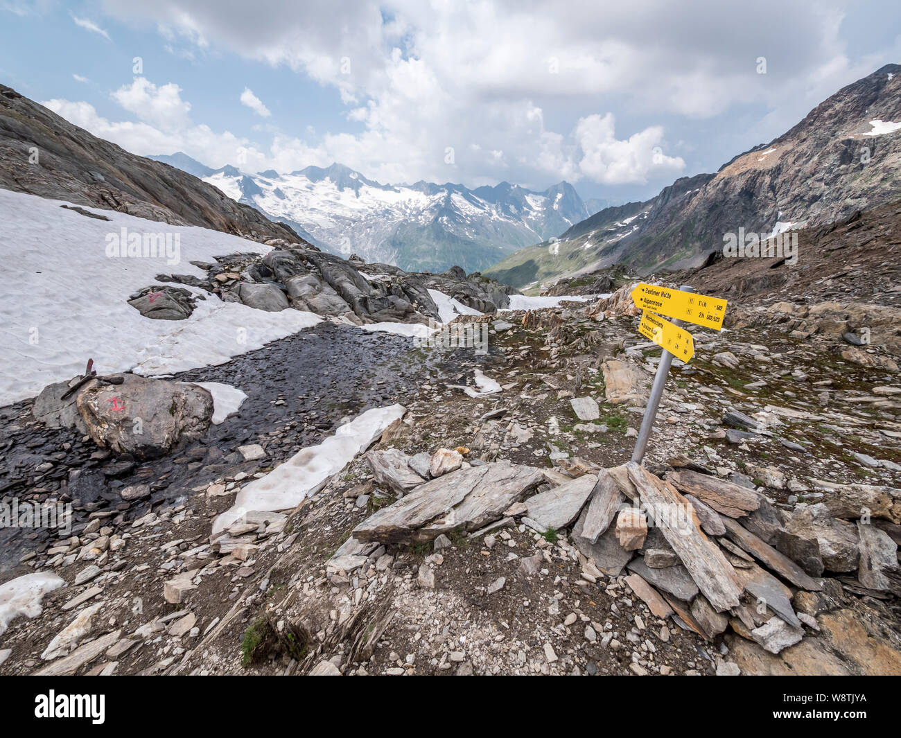 Rugged mountain scenery of the Zillertal Alps near Schwartz See and the Berliner Hut mountain refuge in the Austrian Tirol Stock Photo