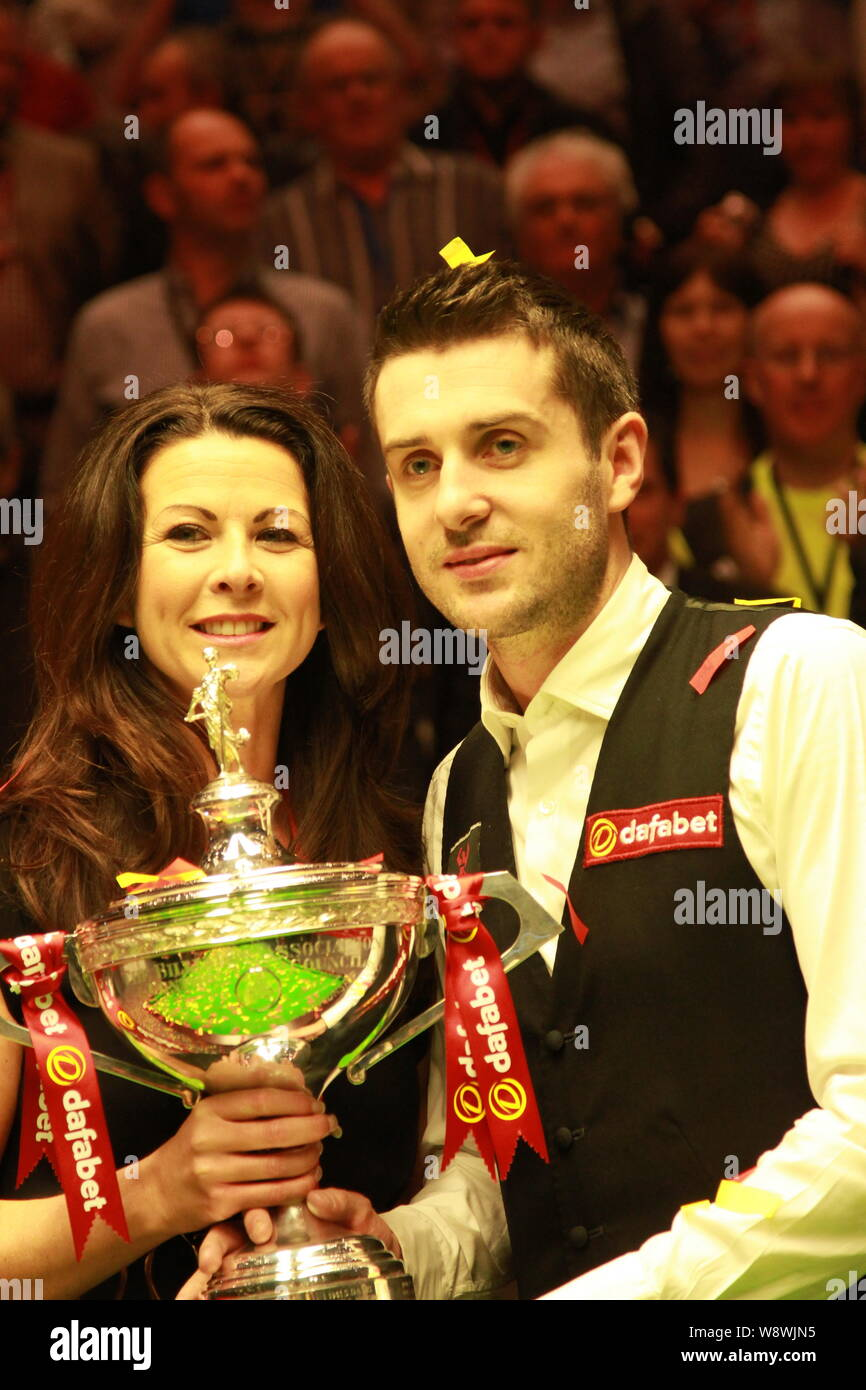 Mark Selby of England, right, poses with his wife Vikki Layton and ...