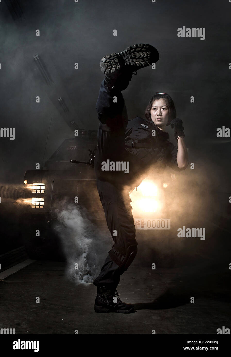 A Female Swat Police Officer Armed With A Gun Poses For Recruitment Posters To Attract New Recruits In Chengdu City Southwest Chinas Sichuan Province Stock Photo Alamy