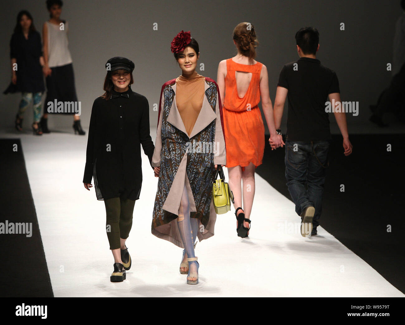 Models Display The New Creations By Students From Raffles Design Institute Of Donghua University At A Fashion Show During The Shanghai Fashion Week Au Stock Photo Alamy