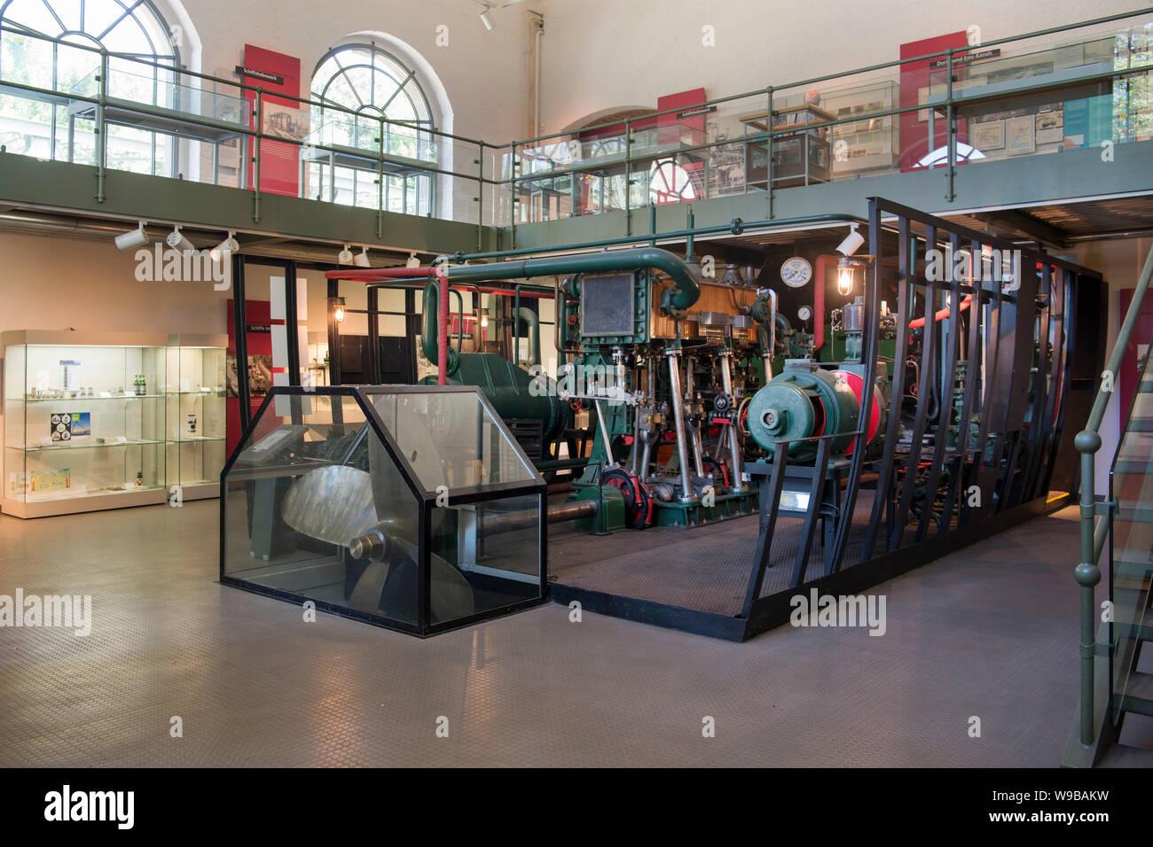 Deutschland, Ruhrgebiet, Kreis_Recklinghausen, Henrichenburg, Schleusenpark Waltrop, Museum im Maschinenhaus Stock Photo