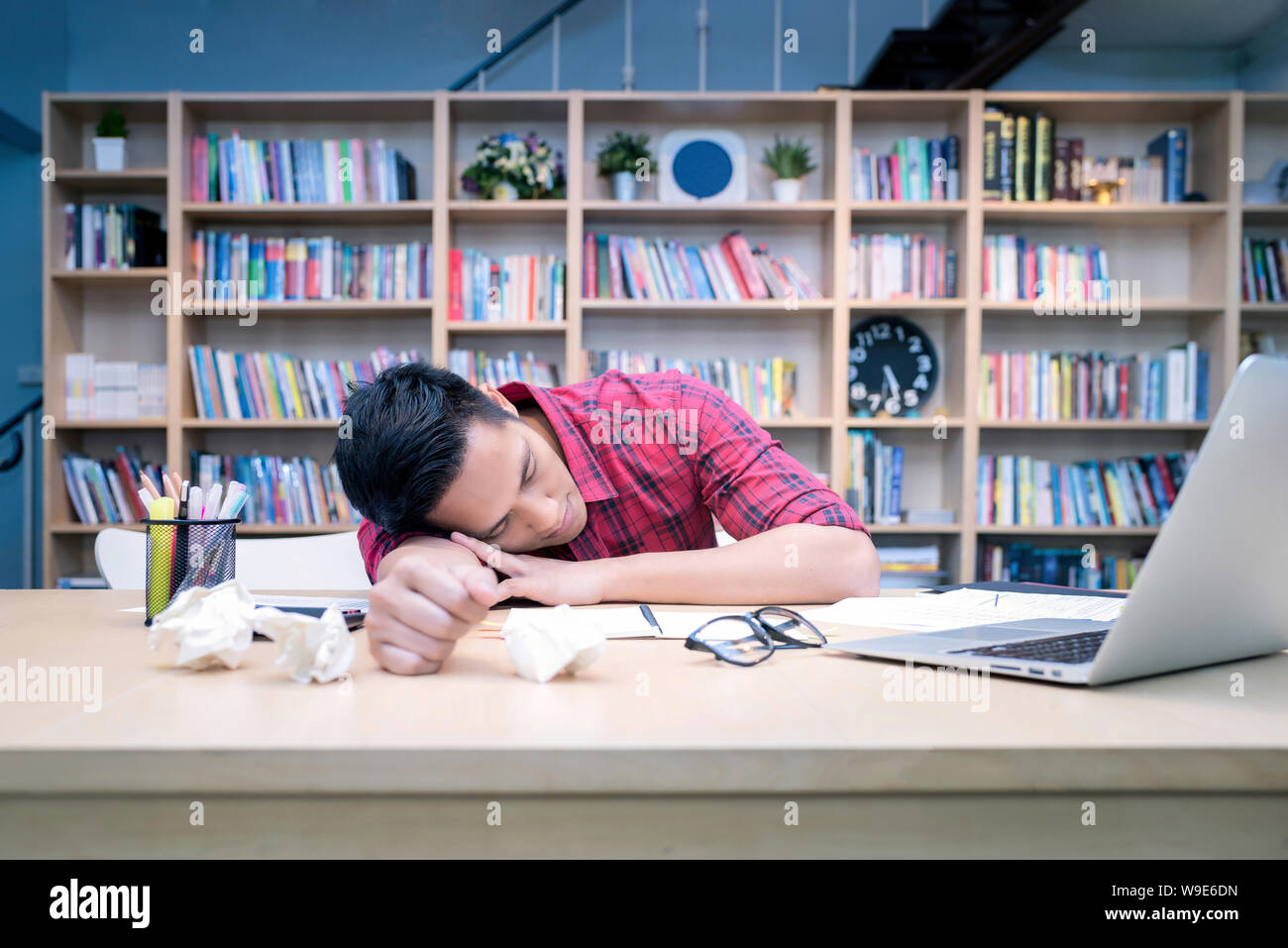 Young Business Entrepreneur Sleeping After Work Stress To Find Out New Business Ideas At Home Office Conceptual For Startup Small Businesses Entrepren Stock Photo Alamy
