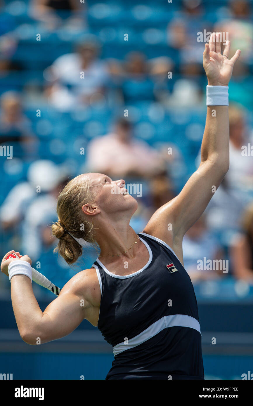 Mason, Ohio, USA. 13th Aug, 2019. Kiki Bertens (NED) serves during Tuesday's round of the Western and Southern Open at the Lindner Family Tennis Center, Mason, Oh. Credit: Scott Stuart/ZUMA Wire/Alamy Live News Stock Photo