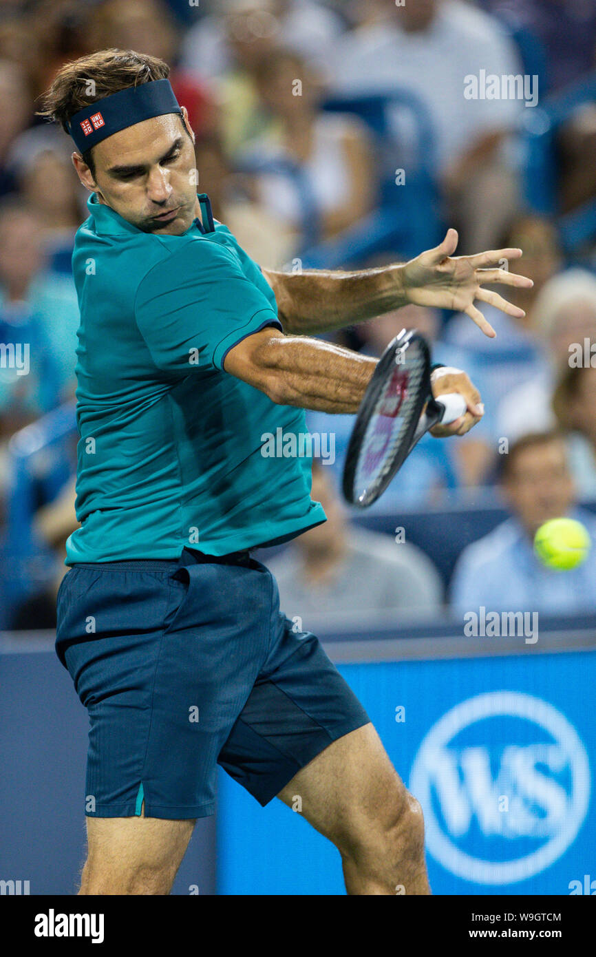 Mason, Ohio, USA. 13th Aug, 2019. Roger Federer, (SUI) hits a forehand shot during Tuesday's round of the Western and Southern Open at the Lindner Family Tennis Center, Mason, Oh. Credit: Scott Stuart/ZUMA Wire/Alamy Live News Stock Photo
