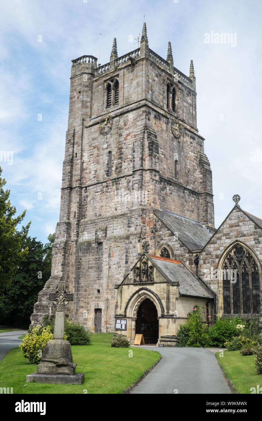 St Oswald's Church,Saint Oswald,cathedral,building,Oswestry,a,market,town,in,Shropshire,border,of, Wales,England,GB,UK, Stock Photo