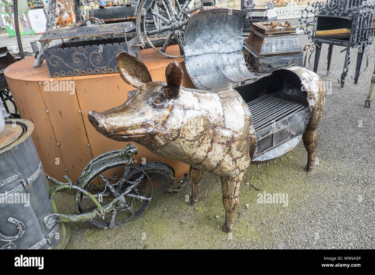 British Ironworks Centre and Shropshire Sculpture Park,off A5 road,Morda,Oswestry,Shropshire,England,Wales,Welsh,border,UK,GB,English,British, Stock Photo