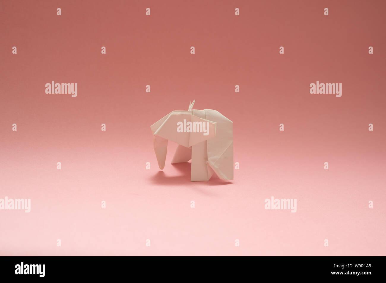 How to Make an Origami Elephant Designed by Fumiaki Kawahata | 955x1300