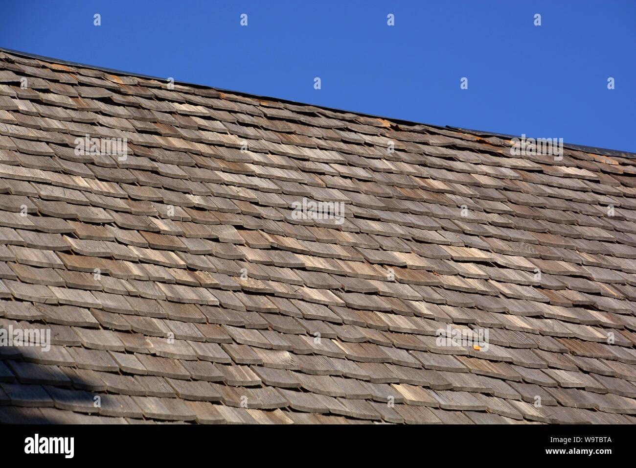 Wood Shingle Stock Photos & Wood Shingle Stock Images - Alamy