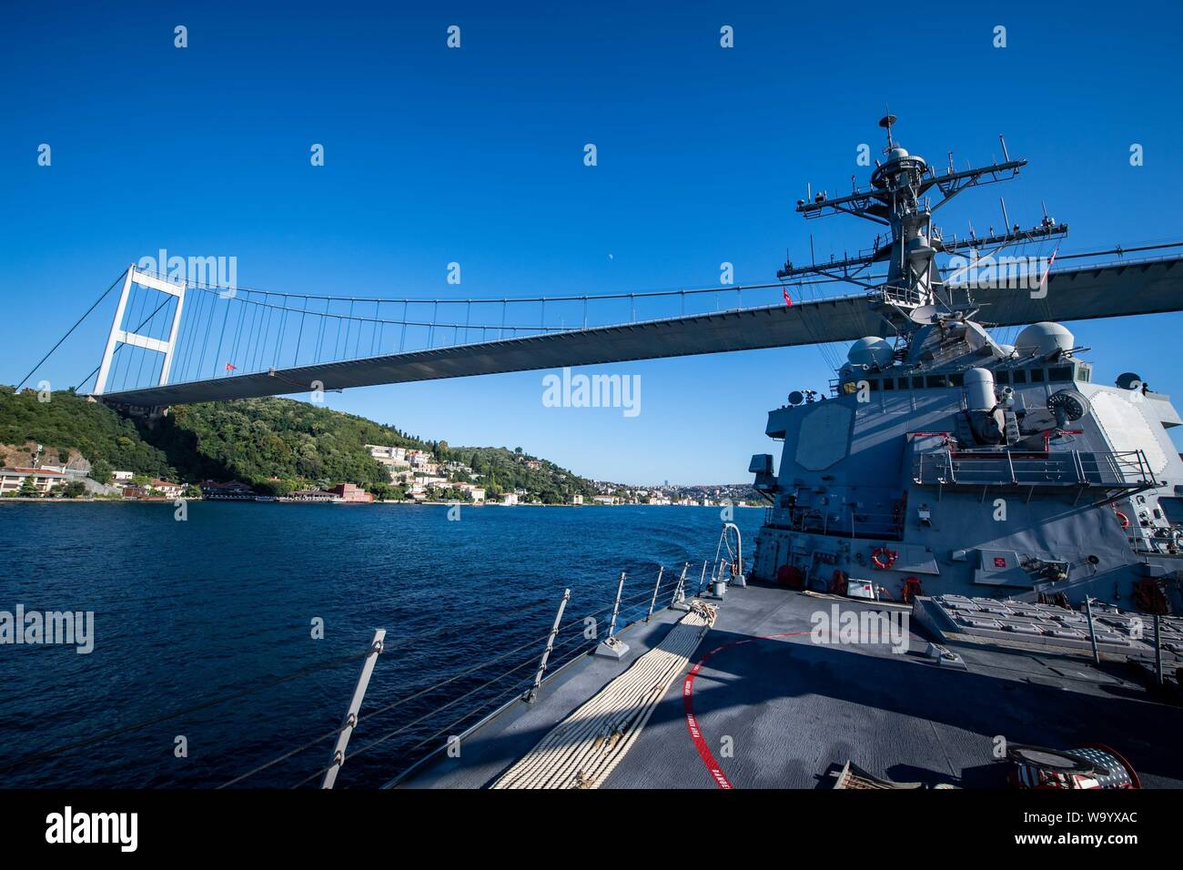 BLACK SEA (Aug. 8, 2019) — The Arleigh Burke-class guided-missile destroyer USS Porter (DDG 78) transits the Bosphorus Strait Aug. 8, 2019. Porter, forward-deployed to Rota, Spain, is on its seventh patrol in the U.S. 6th Fleet area of operations in support of U.S. national security interests in Europe and Africa. (U.S. Navy photo by Mass Communication Specialist 3rd Class T. Logan Keown/Released) Stock Photo