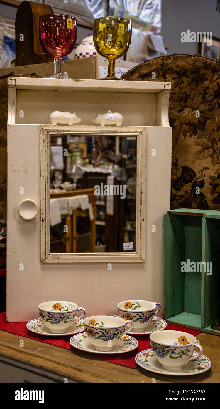 An Old White Wooden Medicine Cabinet With A Mirror Reflecting Inventory In An Antique Shop In Ontario Canada Stock Photo Alamy
