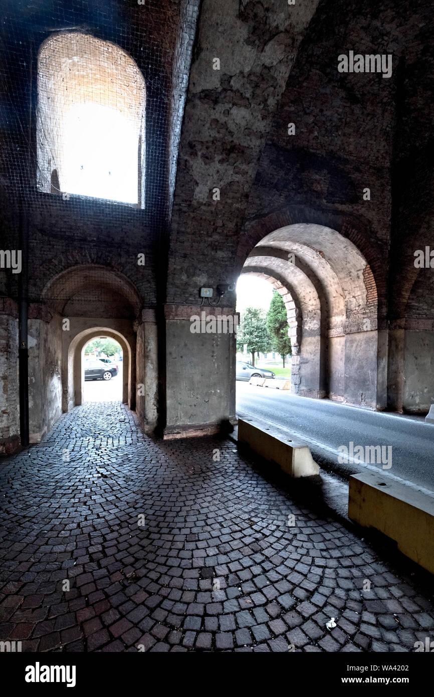 Internal architecture of Porta Verona of the fortress of Peschiera del Garda: today it is a UNESCO World Heritage Site. Veneto, Italy. Stock Photo