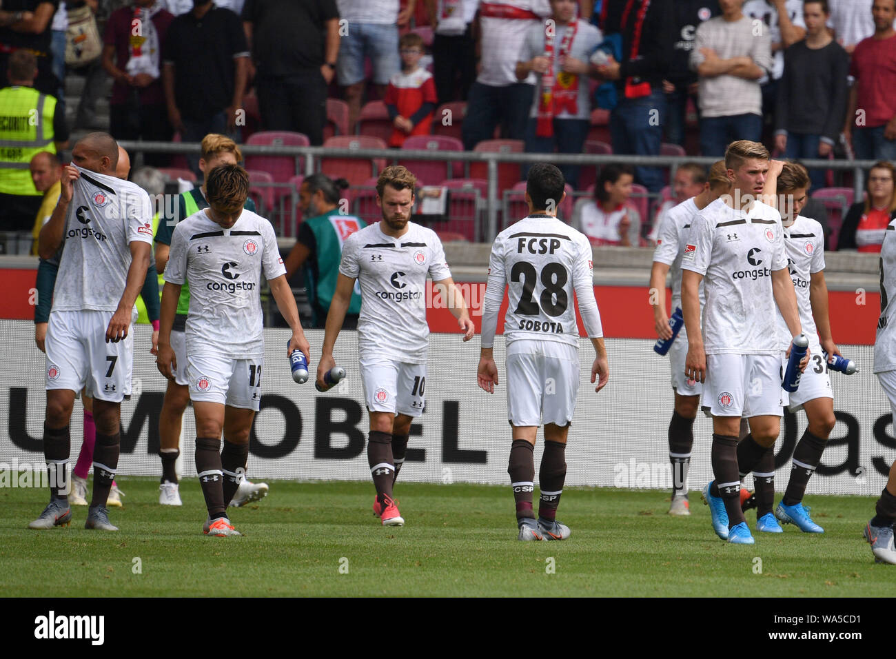 Stuttgart, Deutschland  17th Aug, 2019  St Pauli players