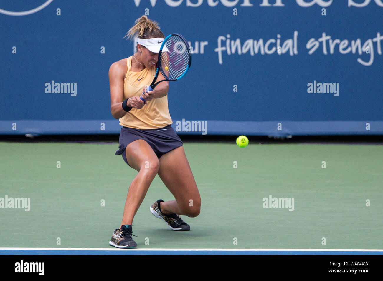 August 18, 2019, Mason, Ohio, USA: Madison Keys (USA) hits a backhand shot during the Women's Final of the Western and Southern Open at the Lindner Family Tennis Center, Mason, Oh. (Credit Image: © Scott Stuart/ZUMA Wire) Stock Photo