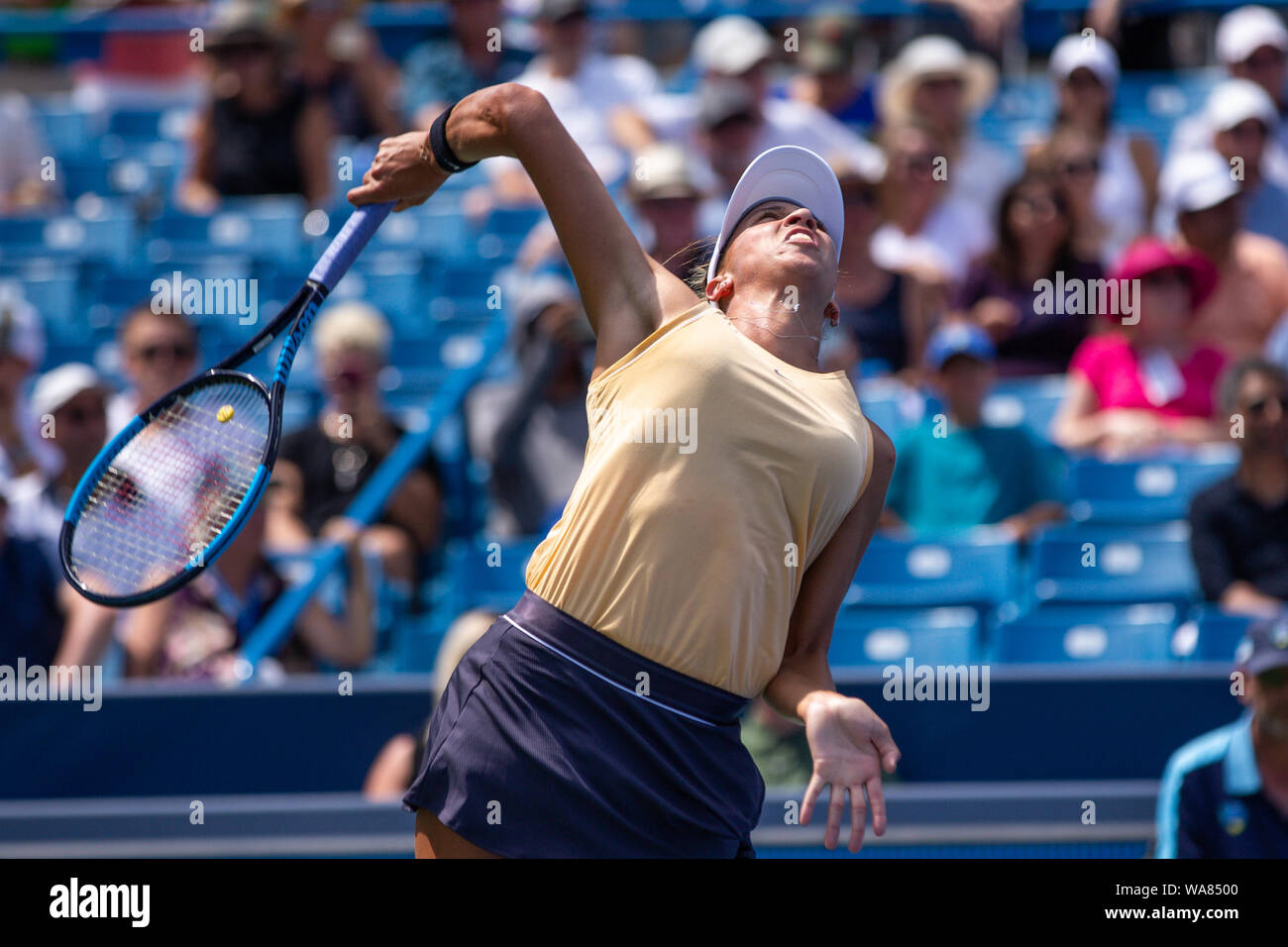 August 18, 2019, Mason, Ohio, USA: Madison Keys (USA) serves during Women's Final of the Western and Southern Open at the Lindner Family Tennis Center, Mason, Oh. (Credit Image: © Scott Stuart/ZUMA Wire) Stock Photo