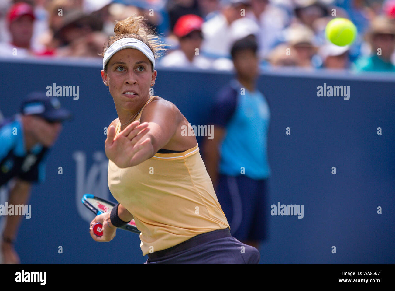 August 18, 2019, Mason, Ohio, USA: Madison Keys (USA) hits a forehand shot during the Women's Final of the Western and Southern Open at the Lindner Family Tennis Center, Mason, Oh. (Credit Image: © Scott Stuart/ZUMA Wire) Stock Photo