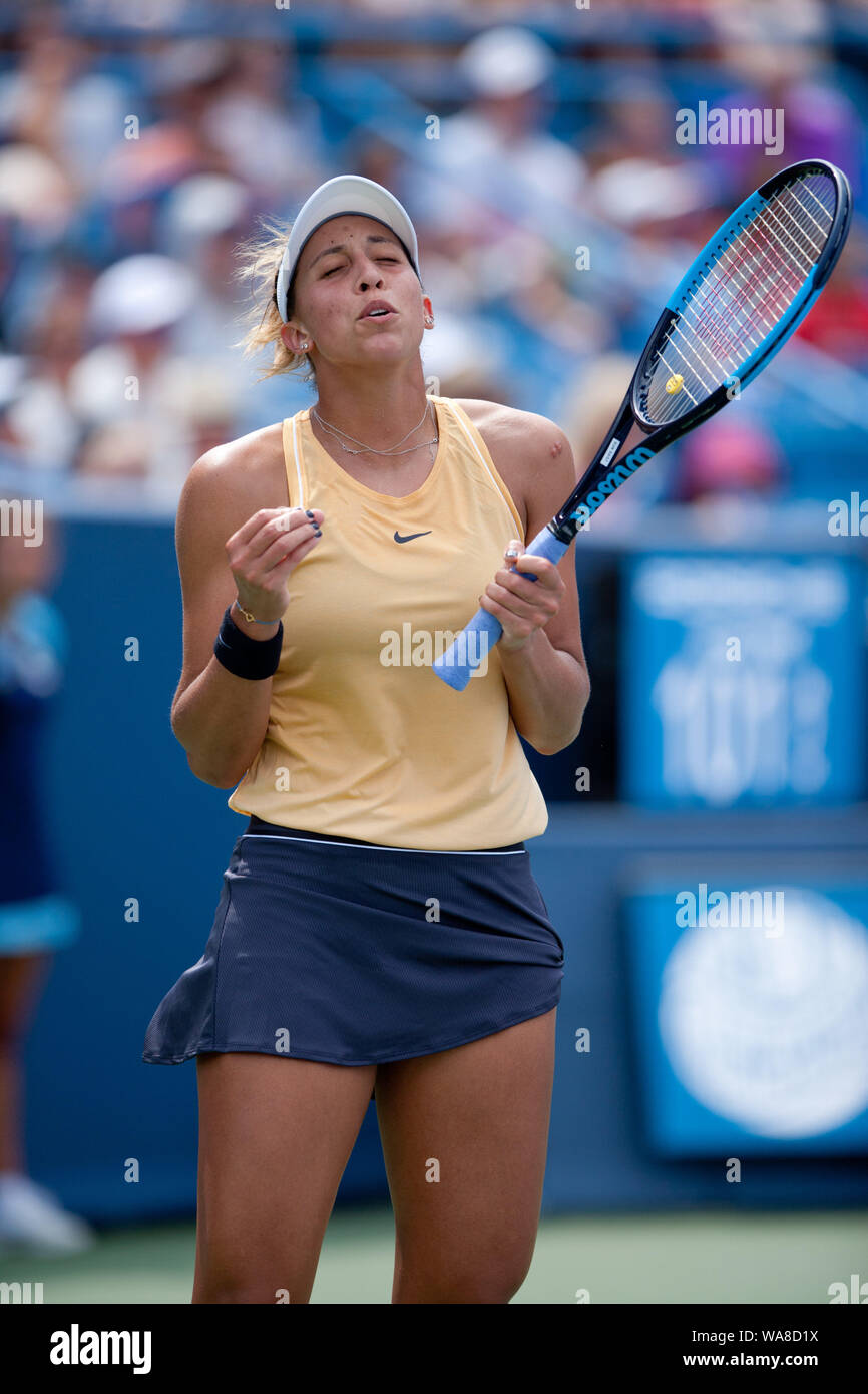 Cincinnati, OH, USA. 18th Aug, 2019. Western and Southern Open Tennis, Cincinnati, OH; August 10-19, 2019. Madison Keys plays a ball against opponent Svetlana Kuznetsova during the Western and Southern Open Tennis tournament played in Cincinnati, OH. Keys won 7-5 7-6. August 18, 2019. Photo by Wally Nell/ZUMAPress Credit: Wally Nell/ZUMA Wire/Alamy Live News Stock Photo