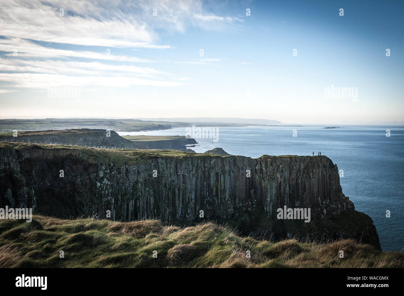 The Giant's Causeway cliff walk Stock Photo