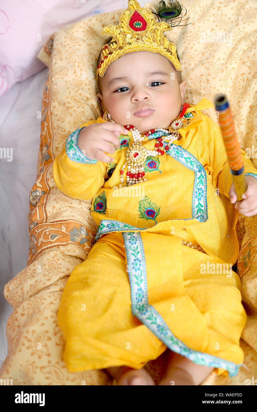 Hindu Boy Krishna High Resolution Stock Photography And Images Alamy