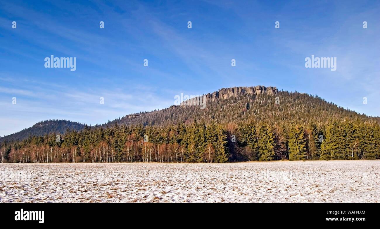 Table mountains ('Gory Stolowe'), part of the Sudetes range south-western Poland, Lower Silesia province 2006 phot. Marek Maruszak/FORUM Stock Photo
