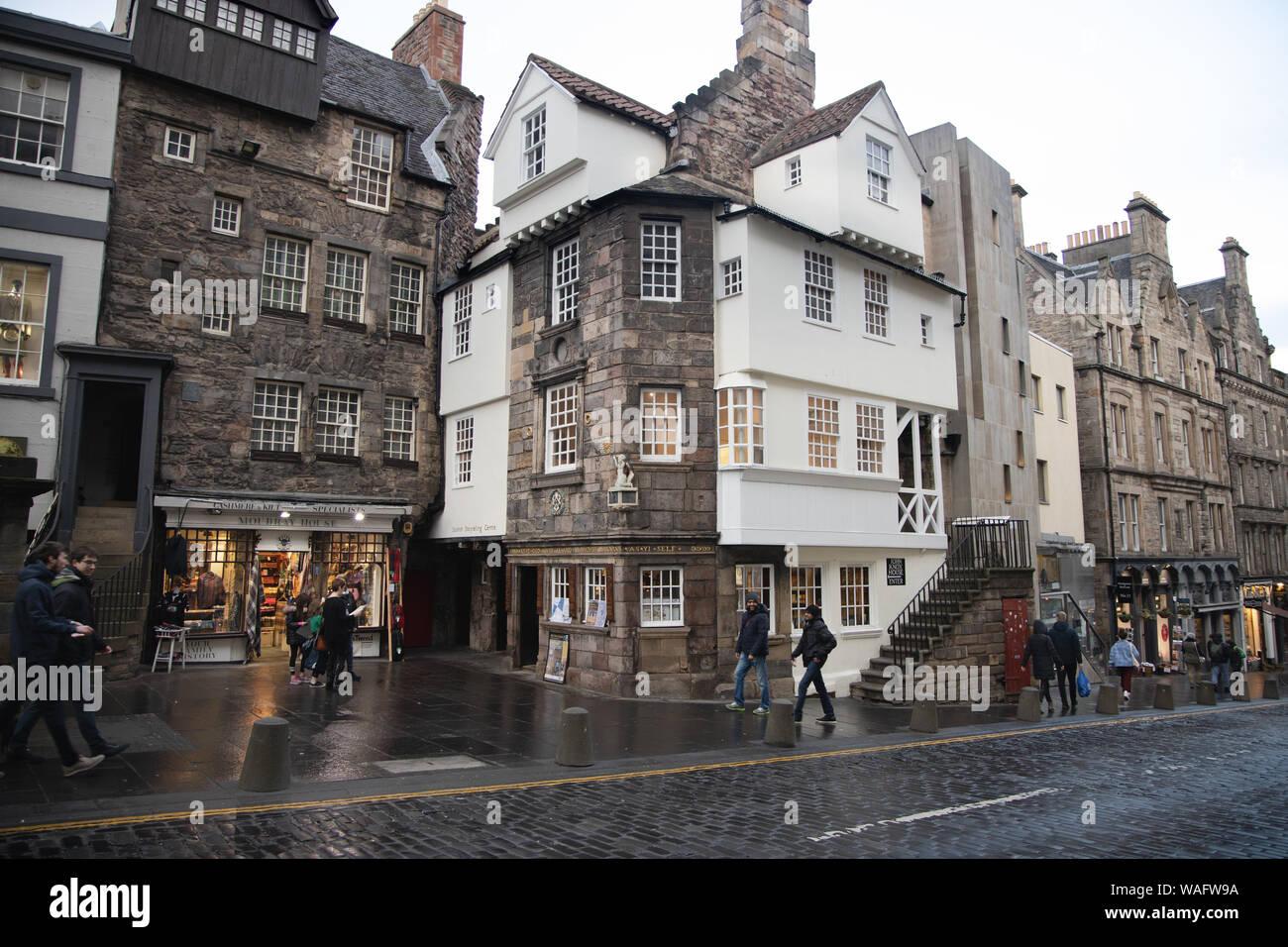 John Knox House the Scottish Storytelling Centre and Moubray House High Street on the Royal Mile in Edinburgh Scotland UK Stock Photo