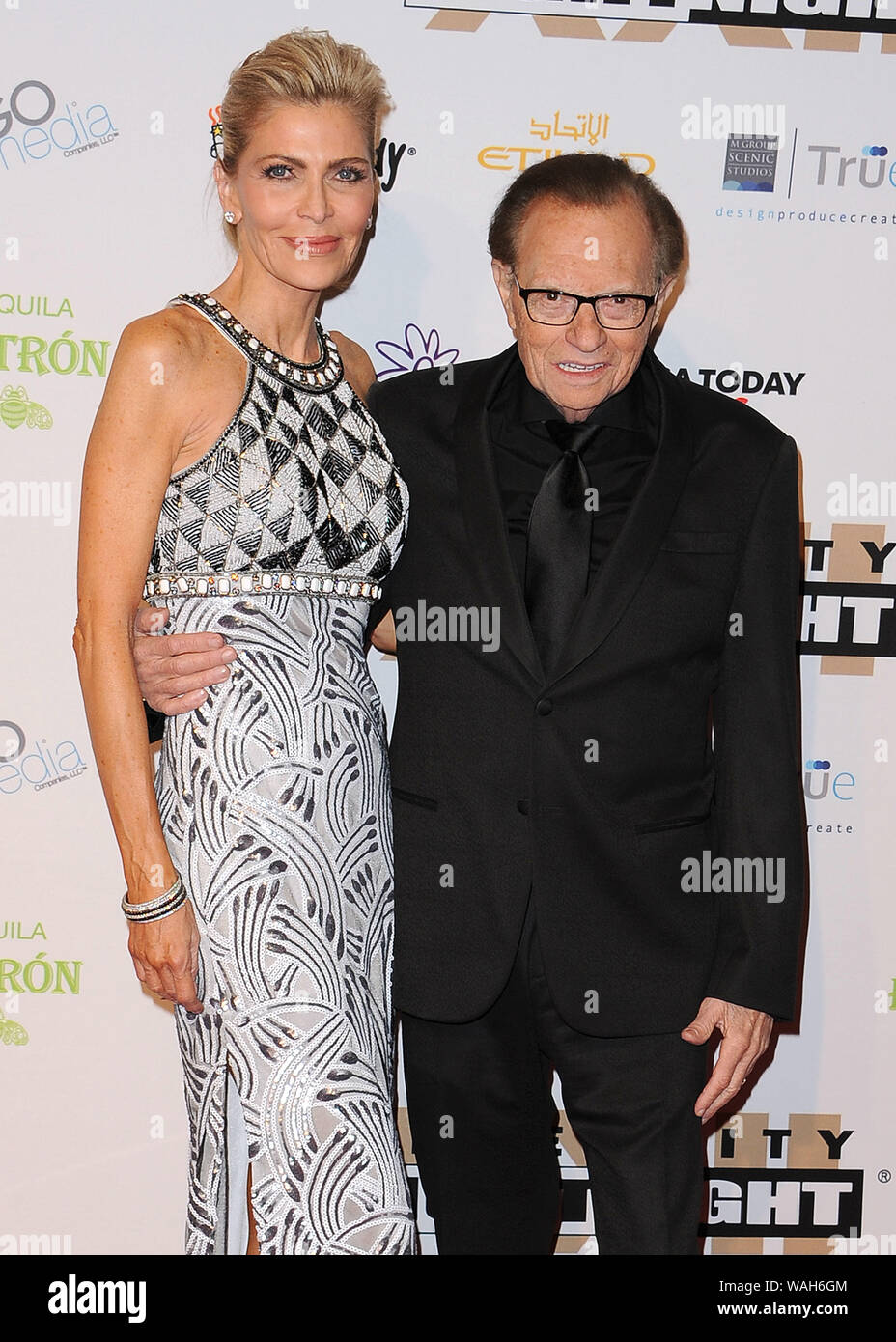 File Photo Larry King Files For Divorce From Wife Shawn King Phoenix Az April 9 Shawn King And Larry King At Muhammad Ali S Celebrity Fight Night Xxii At The Jw Marriott