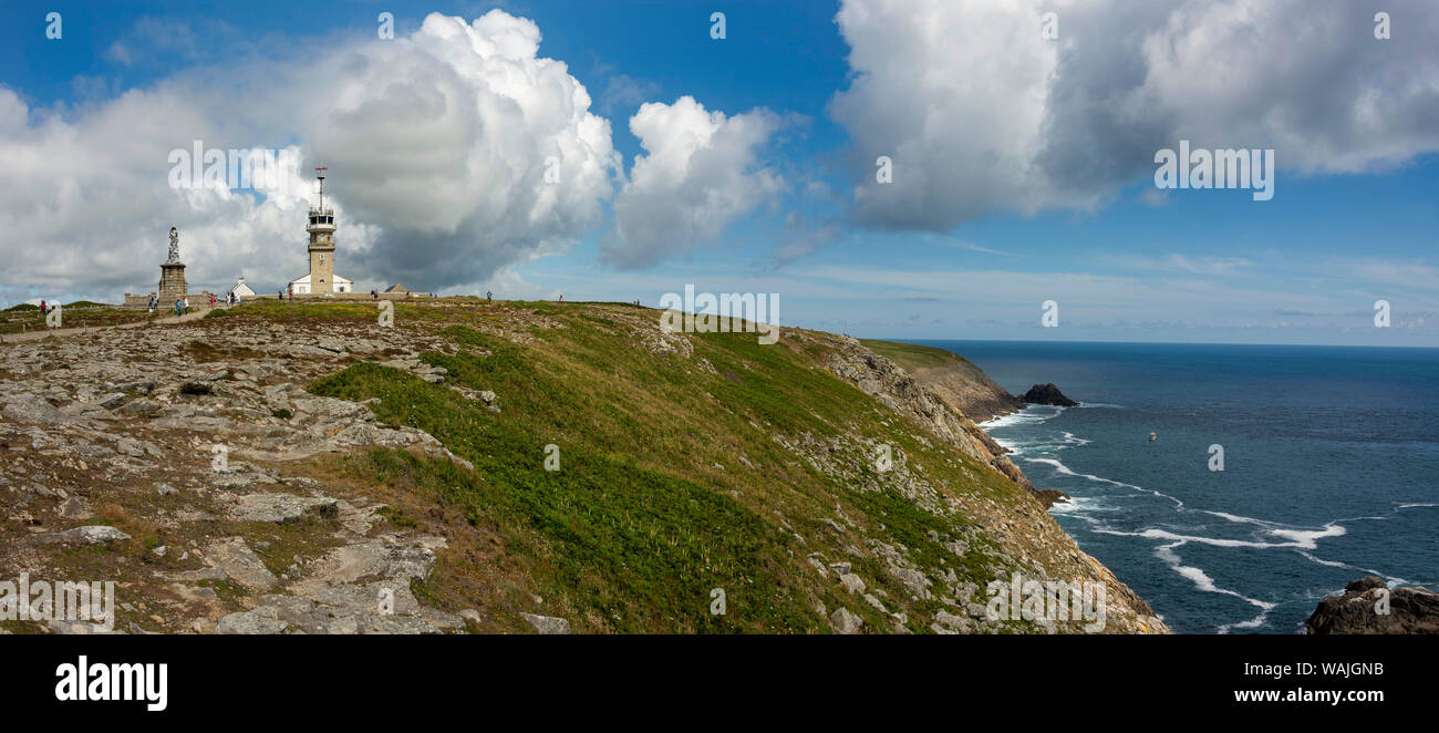 Notre Dame des Naufrages statue and the semaphore in Pointe du Raz, Finistere department, Bretagne, France Stock Photo