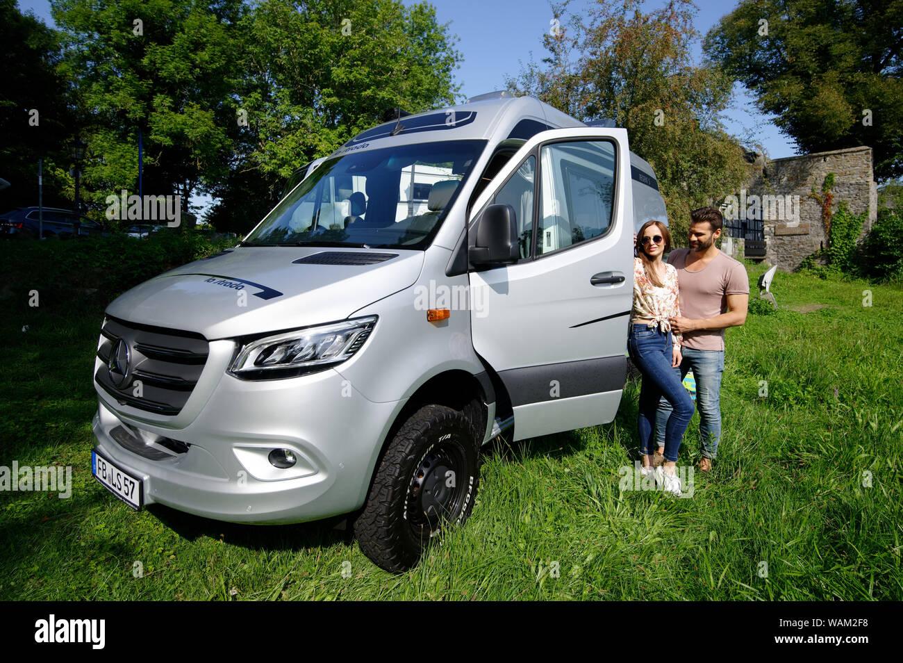 4x4 Camper Van Stock Photos & 4x4 Camper Van Stock Images