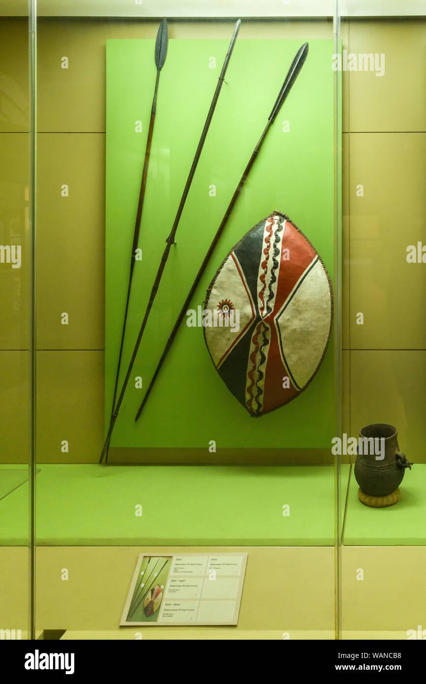 Maasai Shield Stock Photos & Maasai Shield Stock Images - Alamy