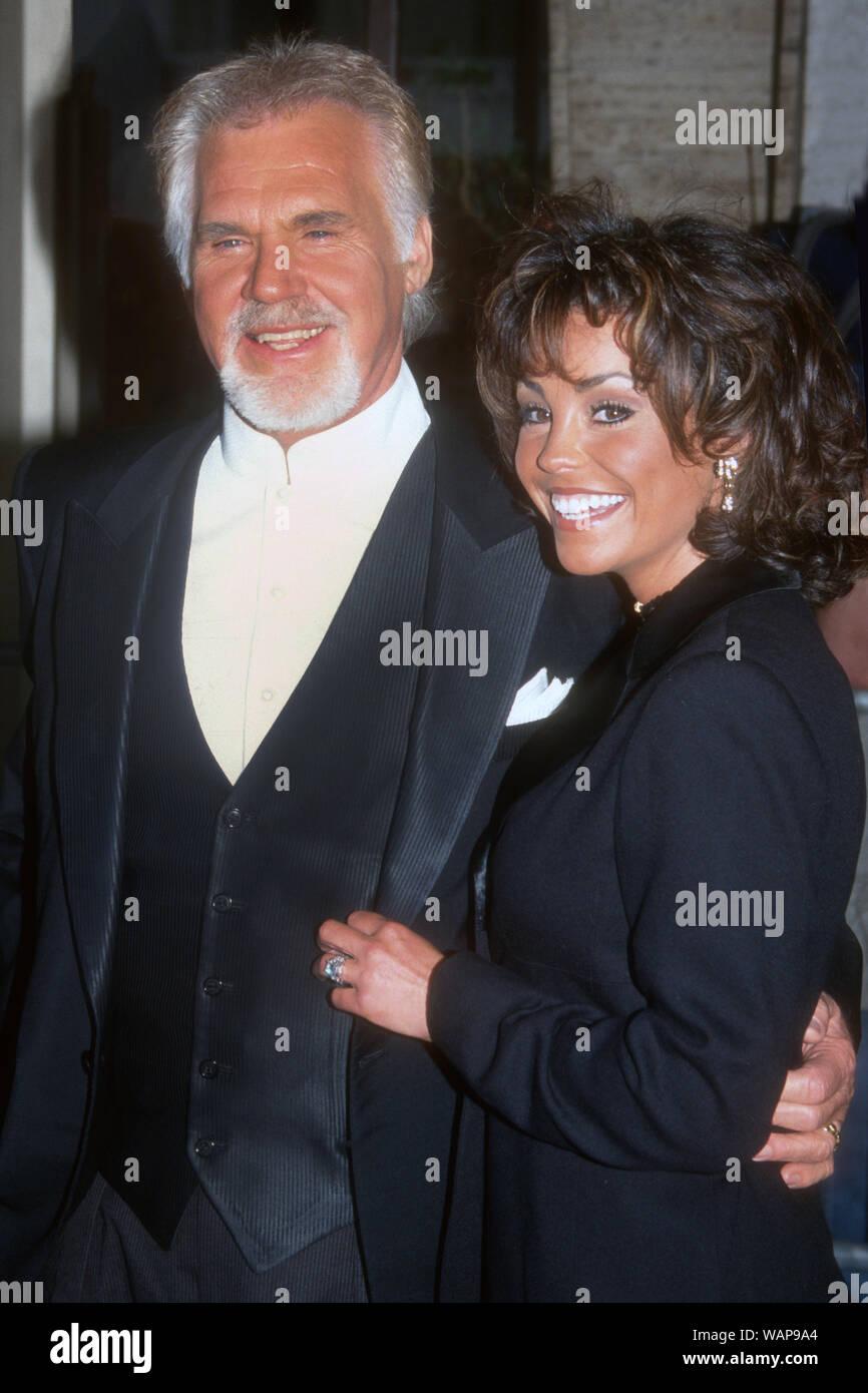 Kenny Rogers, wife Wanda Miller, 1998, Photo By John ...