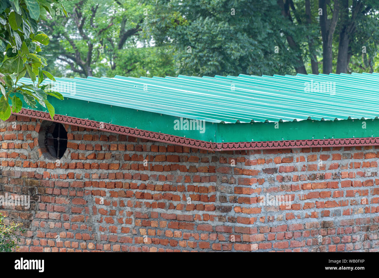 Metal Sheet Roofing High Resolution Stock Photography And Images Alamy