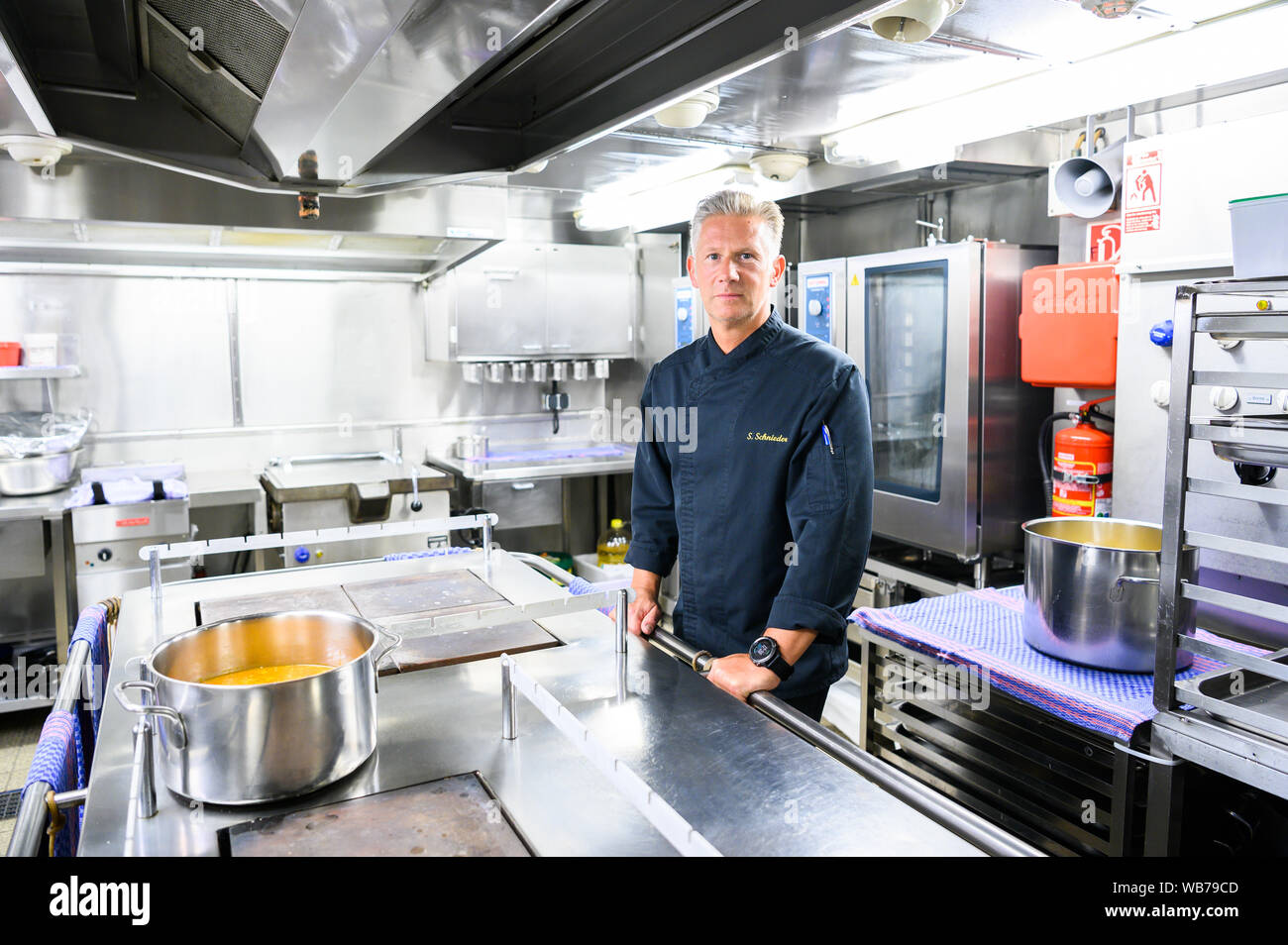 Ships Kitchen Stock Photos & Ships Kitchen Stock Images - Alamy