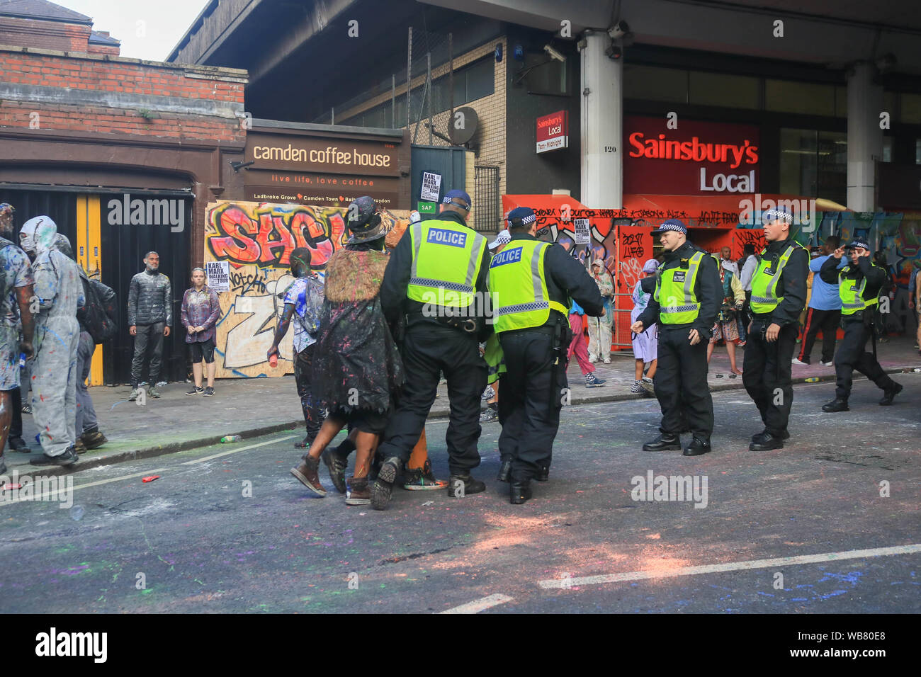 Notting Hill London Uk 25th August 2019 Police Arrest A