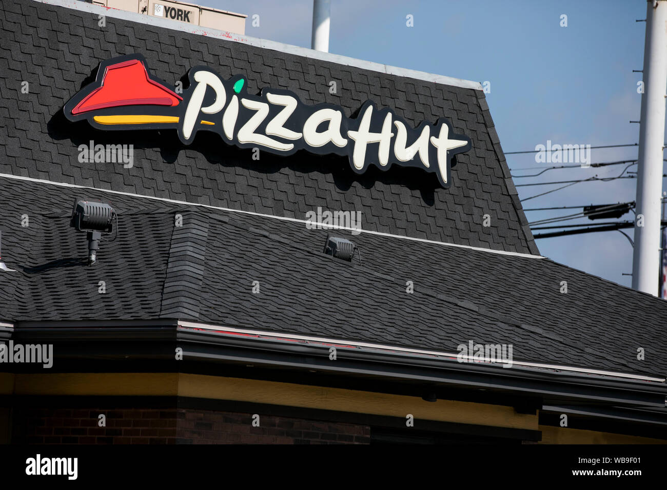 Pizza Hut Sign Stock Photos Pizza Hut Sign Stock Images