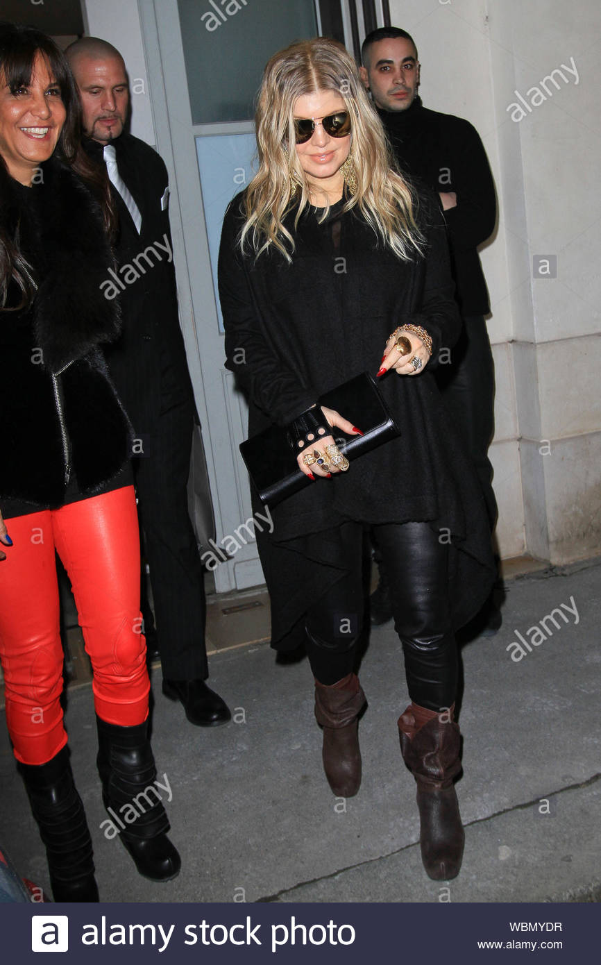 Fergie Black Eyed Peas Arrives Stock Photos Fergie Black Eyed