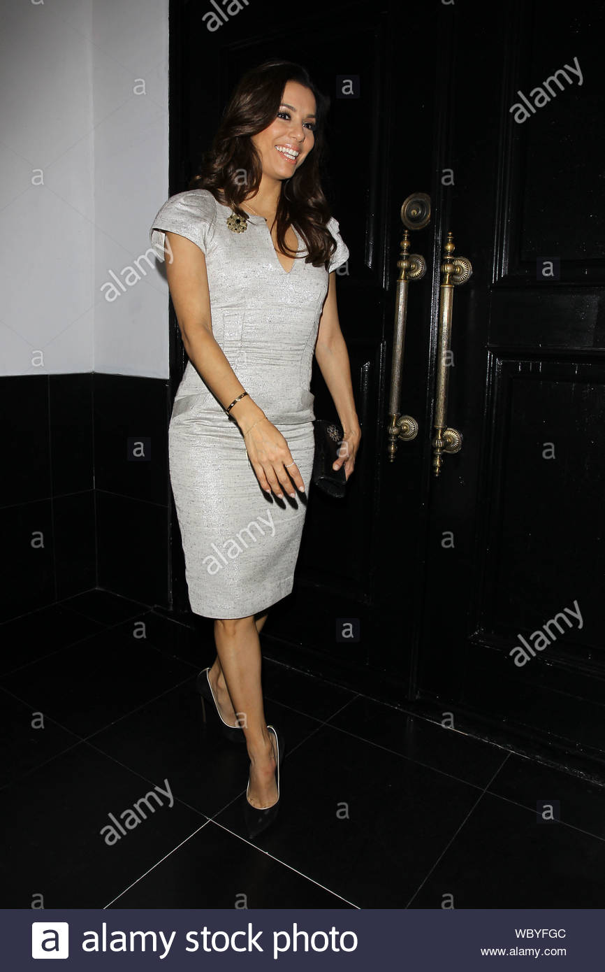 Hollywood Ca Just Hours After She Walked The Stage At Her California State University Northridge Graduation Ceremony Eva Longoria And Family Arrive At Beso In Hollywood To Celebrate The Occasion The